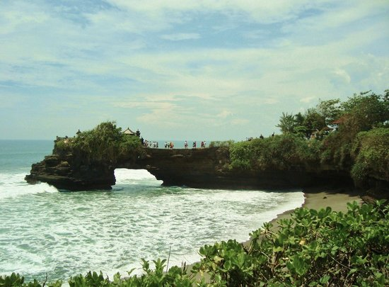 Magilla Bali Tours: Tanah Lot Temple