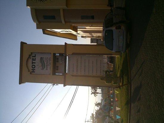 Dorados Conventions & Resort: Entrada del hotel