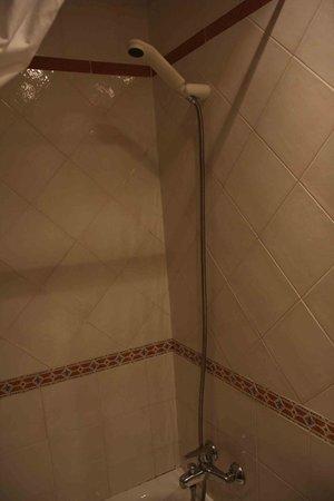 Hotel Mezquita : Habitación