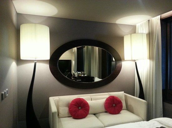 THE PLAZA Seoul, Autograph Collection: Living room space