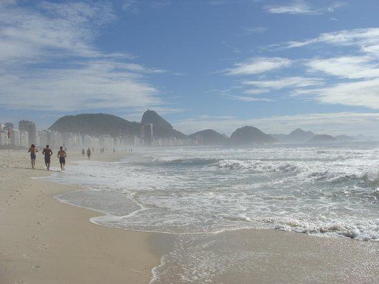 Avenida Atlantica : Copacabana pela manhã