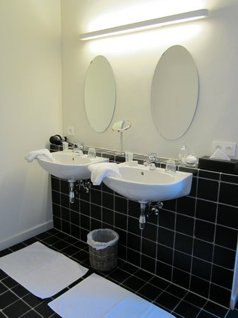 Huyze Weyne: salle de bains