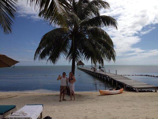 Pelican Reef Villas Resort: Friends and a beautiful view!