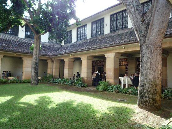 Honolulu Museum of Art : 玄関内側