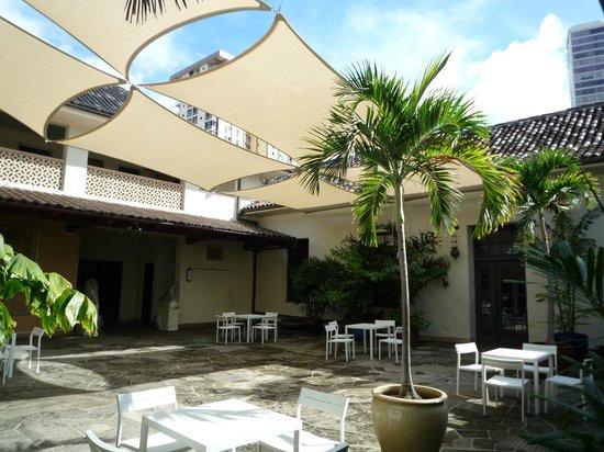 Honolulu Museum of Art : パームコートヤード