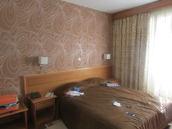 Hotel Avenida Park: Habitacion