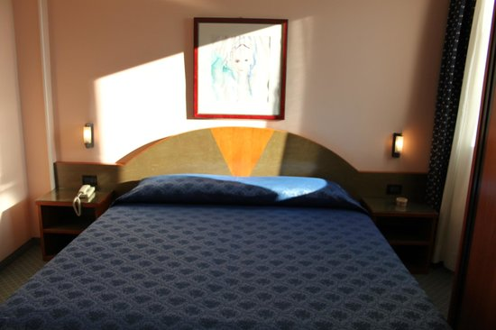 Hotel Rosa: CAMERA MATRIMONIALE