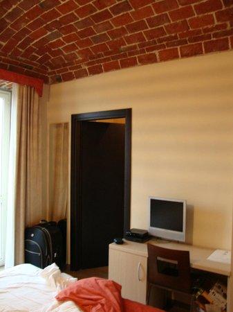 Albergo d'Italia: Apartamento com detalhe do teto totalmente rustico