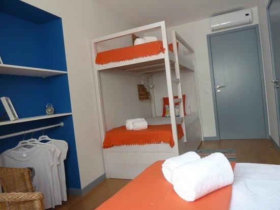 Ale-hop Albufeira Hostel: Quarto Triplo