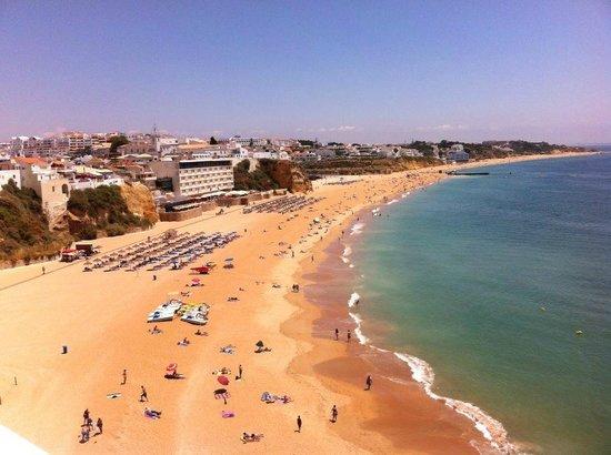 Ale-hop Albufeira Hostel: Praia de Albufeira