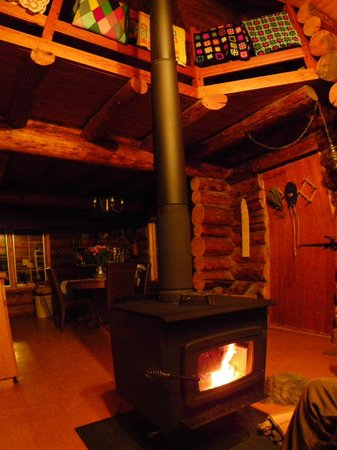 Cloverdale: Cozy wood stove