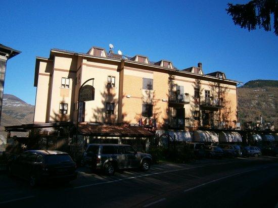 Hotel Cimone: Aspetto esterno