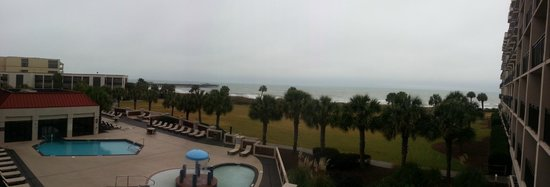 DoubleTree Resort by Hilton Myrtle Beach Oceanfront: View from 2nd floor hospitality suite....