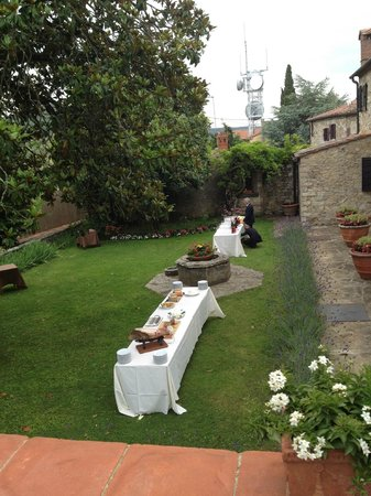 Relais Vignale: Pre-wedding dinner reception
