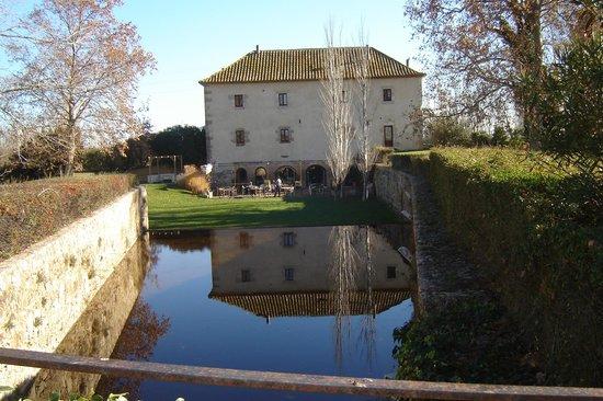 Pera Batlla : mooi aanzicht van het restaurant