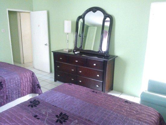 Negril Beach Club: bedroom