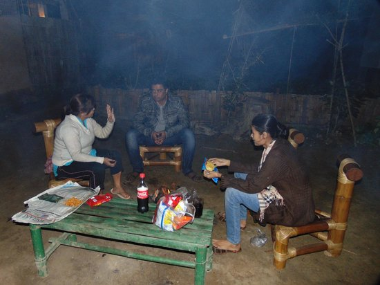 Nature Hunt Eco Camp, Kaziranga : Camp Fire