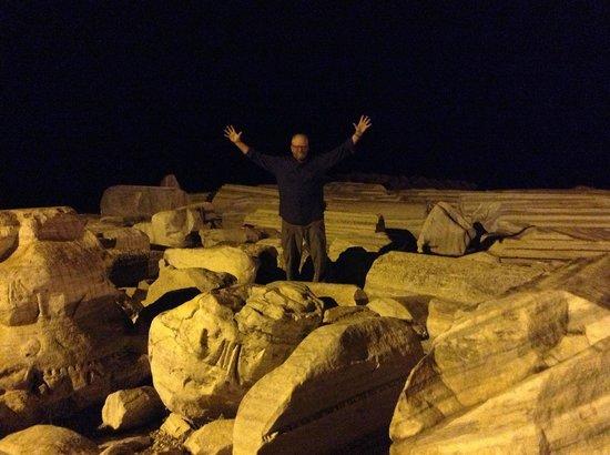 Greek Amphitheater: Columns!