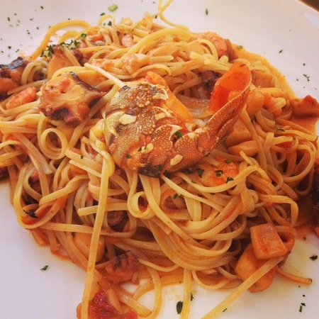 Mami Bar Ristorante : Linguine with Mixed Fish