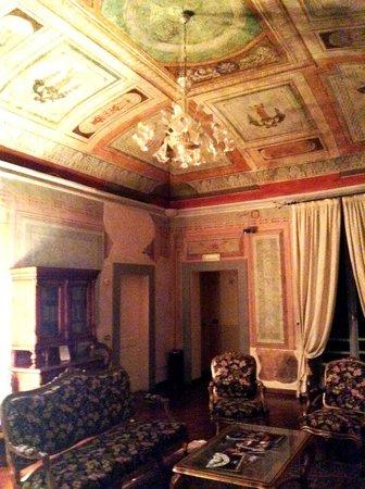 Hotel Fortuna: sala di lettura al III piano