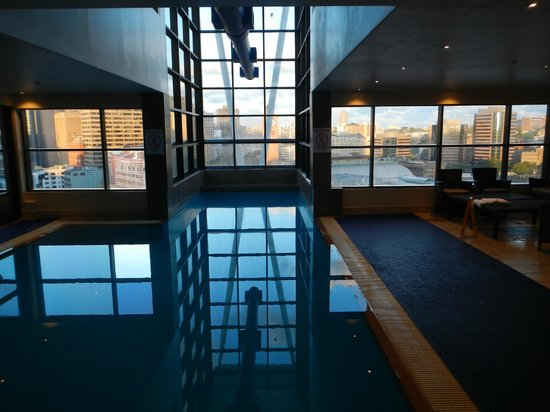 Mercure Sydney : Piscina all'ultimo piano