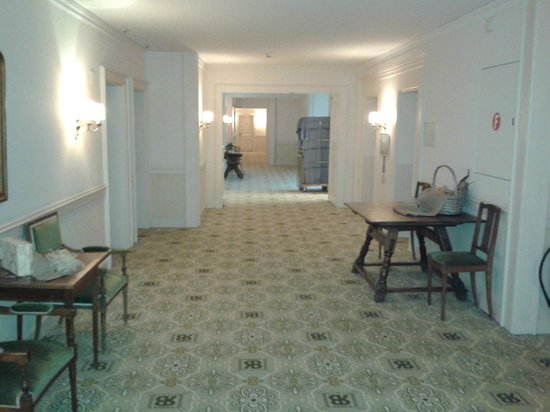 Lindner Grand Hotel Beau Rivage: couloir