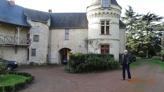 Chateau de la Roche Martel: Chateau de la Roche-Martel