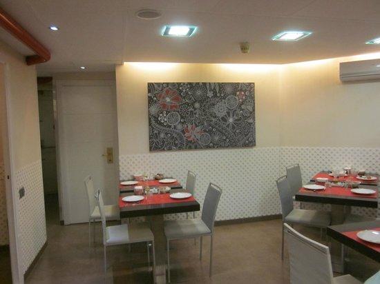 Hotel Medicis: Comedor