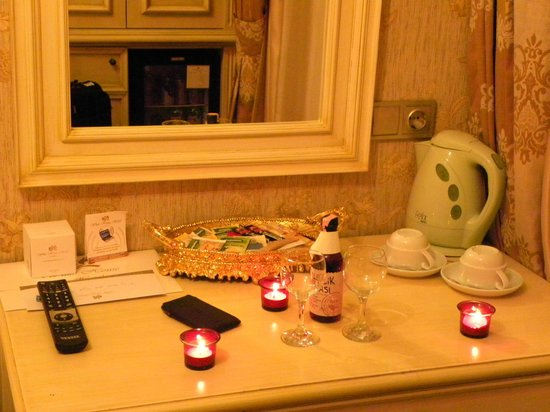White House Hotel Istanbul: amenities