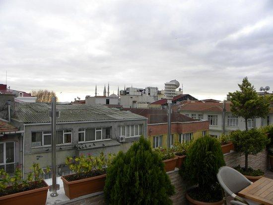 White House Hotel Istanbul: terraza