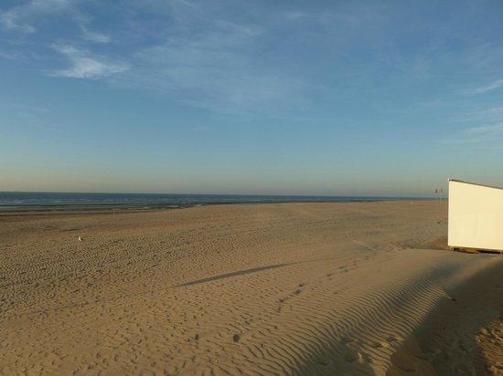 Hotel Lehouck : zand zee zon zalig zonder zorgen