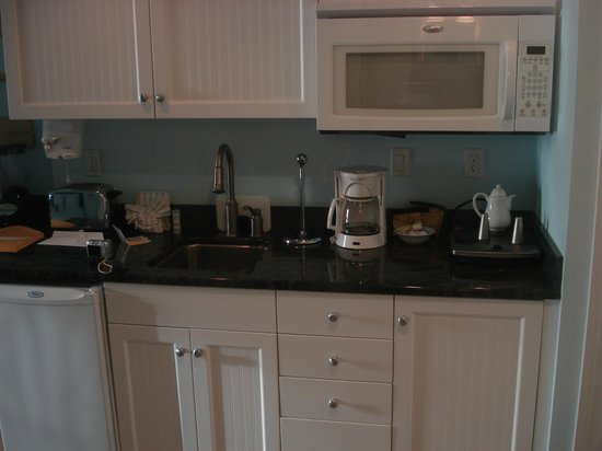 The Inn at Little Harbor: more of our kitchenette