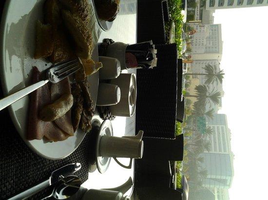 J5 Rimal: A Scrumptious Breakfeast