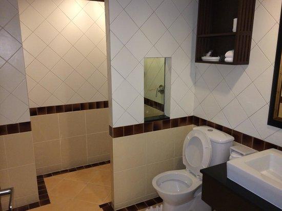 Lanta Mermaid Boutique House : Bathroom