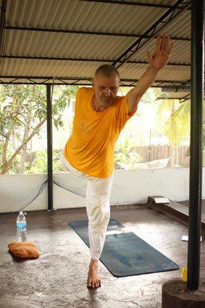 Sharanagati Yogahaus : Yoga