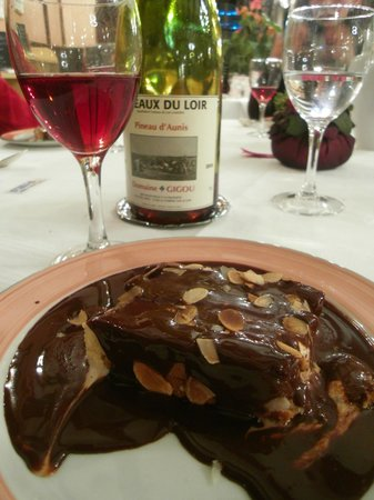 Logis de France Hotel : Chocolate pud