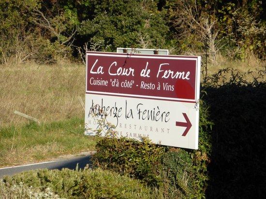 Auberge La Feniere: entrance signage