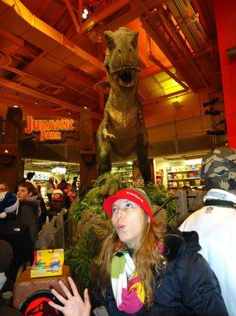 Toys 'R' Us Times Square - Voltando p/matar a saudade do T Rex