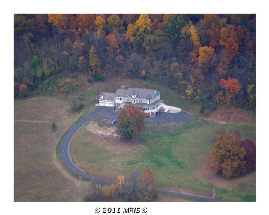 Harmony Manor Bed & Breakfast: Aerial View