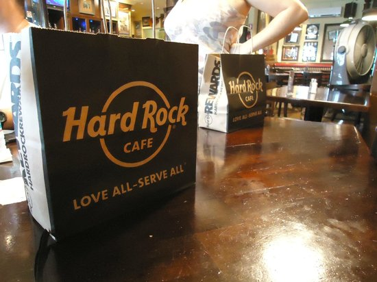 Hard Rock Cafe: Bags
