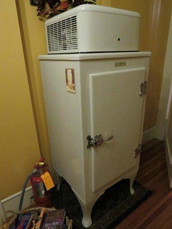 Pettigru Place Bed and Breakfast: Der gut gefüllte Kühlschrank!