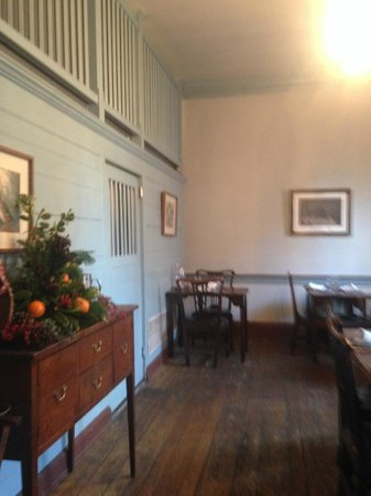 Gadsby's Tavern : The Dining room we ate in