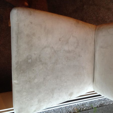 Days Inn Charnock Richard M6: Dirty Stained Dining Room Chair