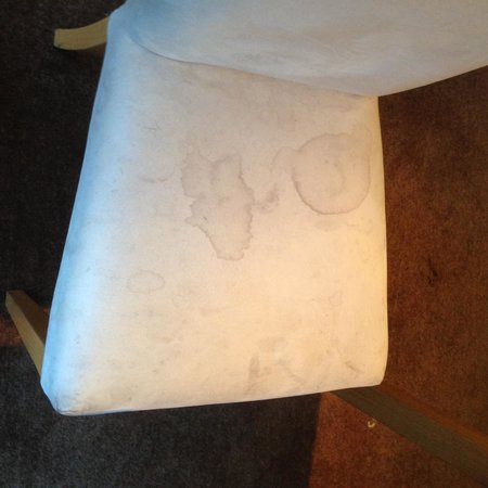 Days Inn Charnock Richard M6: Another Dirty Stained Dining Room Chair