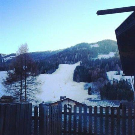 Hotel Prägant: la pista da sci vista dalla camera