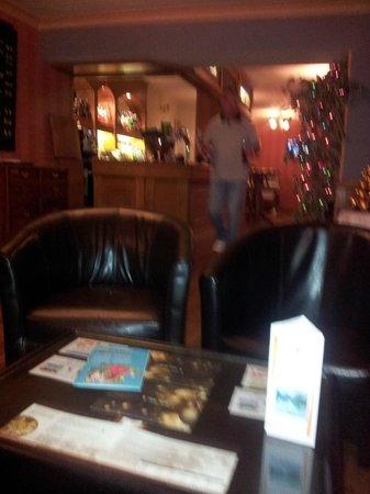 BEST WESTERN PLUS Castle Inn Hotel: Lakers Bar