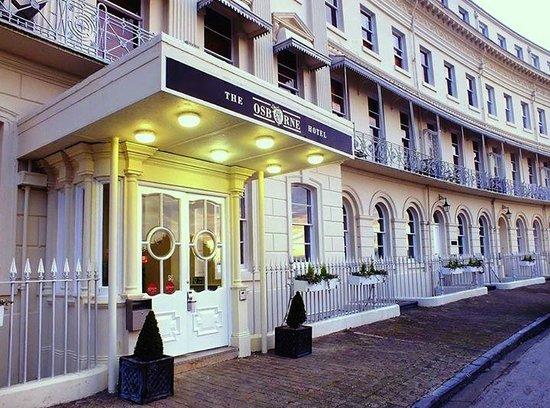 The Osborne Hotel: Front entrance of the Osborne