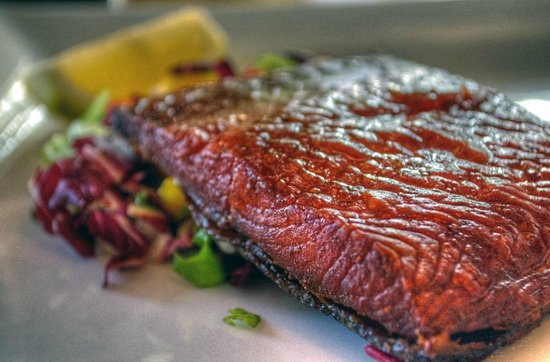 Franklins Brasserie: Hot smoked salmon