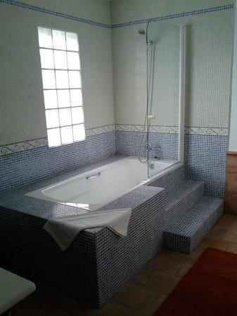 Almazara de Valdeverdeja: baño