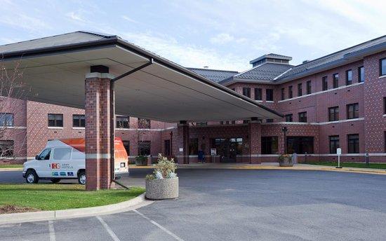IHG Army Hotels Fort McCoy Bldg 51 Anderson Hall: getlstd_property_photo